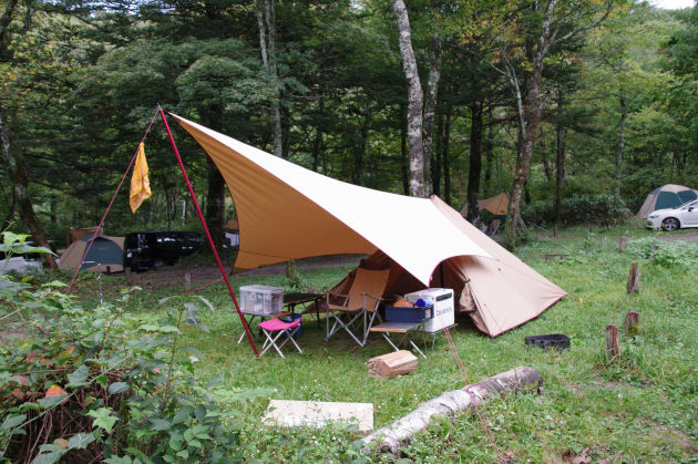 ソロキャンプ初心者にワンポールテントをおススメする理由
