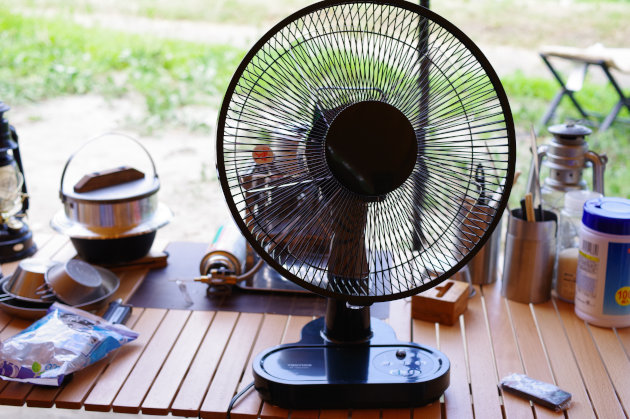 ポータブル電源と大風量扇風機03