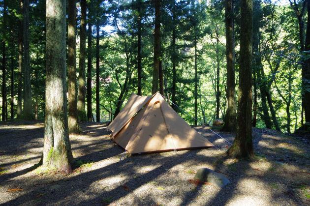 雨上がりのキャンプ場