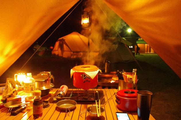 キャンプで蒸し料理