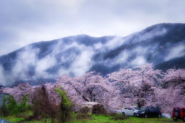 粕川オートキャンプ場 雨の降る朝にモーニングを