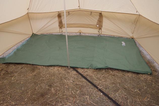 テントを守る万能グランドシートをキャンプで持っていると良い