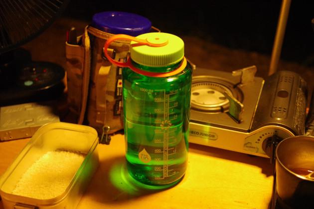 ナルゲンボトルで炊飯の水を確保