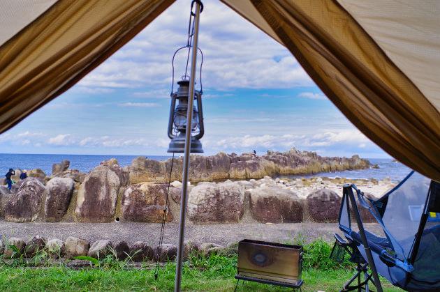 テントの中からの風景