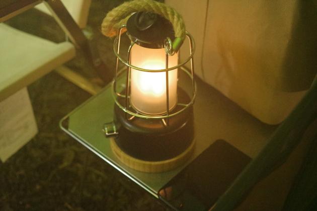 常夜灯のメノーラ